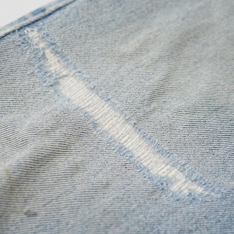 ジーンズ ひざ部分 破れ リペア(修理)|Wrangler(ラングラー)